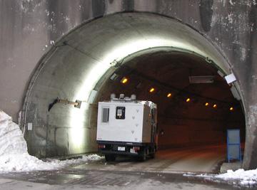 走行型トンネル計測(MIMM)